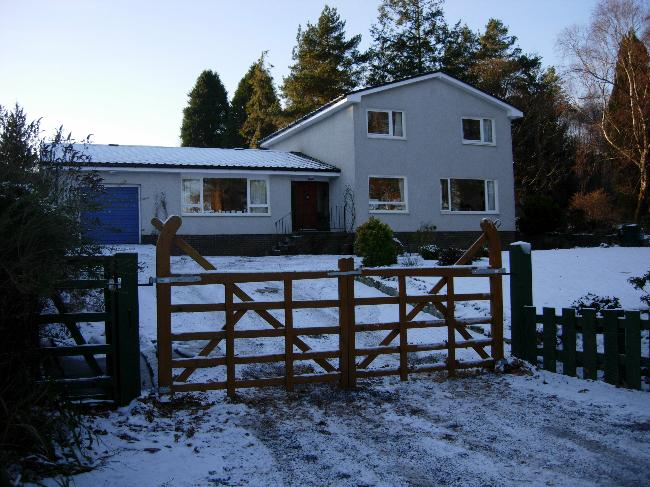 House Sitters Pictures from Bodach